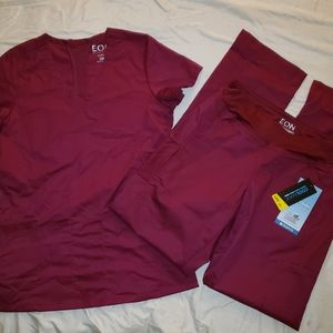 NWT Eon Active Scrub Set in Wine size XXSmall